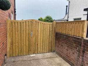 IMG 0463 300x225 - Fencing and Landscaping Mansfield